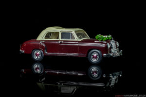 Mercedes-Benz 220 S (W 180 II) | Limousine | Faller | www.andere.hahlmodelle.de