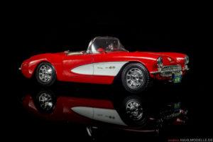 Chevrolet Corvette C1   Roadster   Bburago   1:18   www.andere.hahlmodelle.de