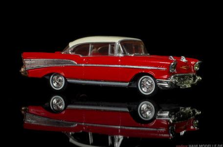 Chevrolet Bel Air (Serie 2400C) | Coupé | Dinky | 1:43 | www.andere.hahlmodelle.de