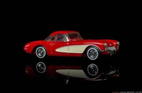 Chevrolet Corvette C1 | Roadster | Dinky | 1:43 | www.andere.hahlmodelle.de