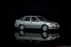 Daewoo Nexia | Limousine | Ixo (Opel Collection von Eaglemoss) | 1:43 | www.andere.hahlmodelle.de