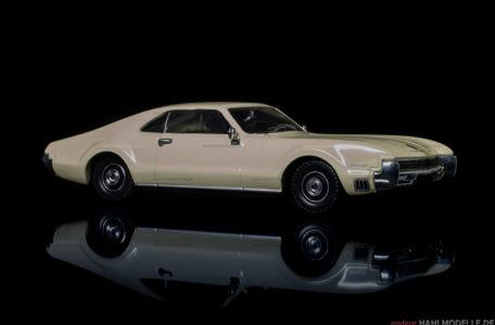 Oldsmobile Toronado | Coupé | Ixo (Del Prado Car Collection) | 1:43 | www.andere.hahlmodelle.de
