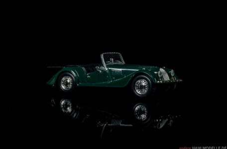 Morgan Plus Four | Roadster | Ixo (Del Prado Car Collection) | 1:43 | www.andere.hahlmodelle.de