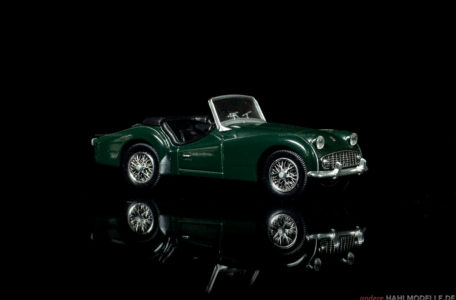 Triumph TR 3 | Roadster | Ixo (Del Prado Car Collection) | 1:43 | www.andere.hahlmodelle.de
