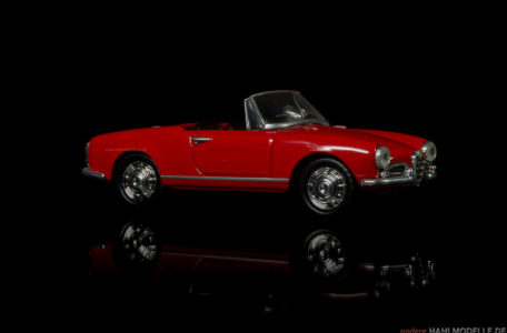 Alfa Romeo Giulietta (750/101) Spider | Roadster | Ixo (Del Prado Car Collection) | 1:43 | www.andere.hahlmodelle.de