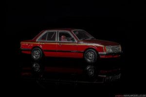 Holden Commodore VC SL/E   Limousine   Trax-Models   1:43   www.andere.hahlmodelle.de