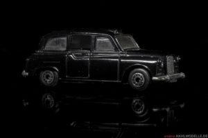 Carbodies FX4R   Limousine   Matchbox Intl. Ltd.   Matchbox Austin FX4R   www.andere.hahlmodelle.de