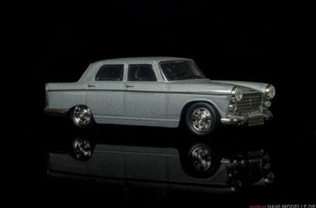 Peugeot 404 | Limousine | Ixo | 1:43 | www.andere.hahlmodelle.de