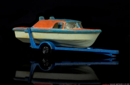 "Bertram 61 Cabin Cruiser | Boot/Trailer | Lesney Products & Co. Ltd. | Matchbox Superfast ""Boat and Trailer"" 