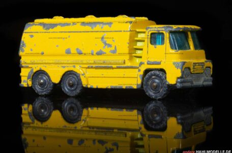 "Guy Motors Warrior II Light 6 | Tankwagen | Mettoy Playcraft Ltd. | 1:87 | Husky Models ""Guy Warrior Shell Oil Tanker"" 