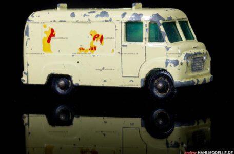 """Commer BF   Kastenwagen   Lesney Products & Co. Ltd.   1:64   Matchbox """"T.V. Service Van""""   www.andere.hahlmodelle.de"""