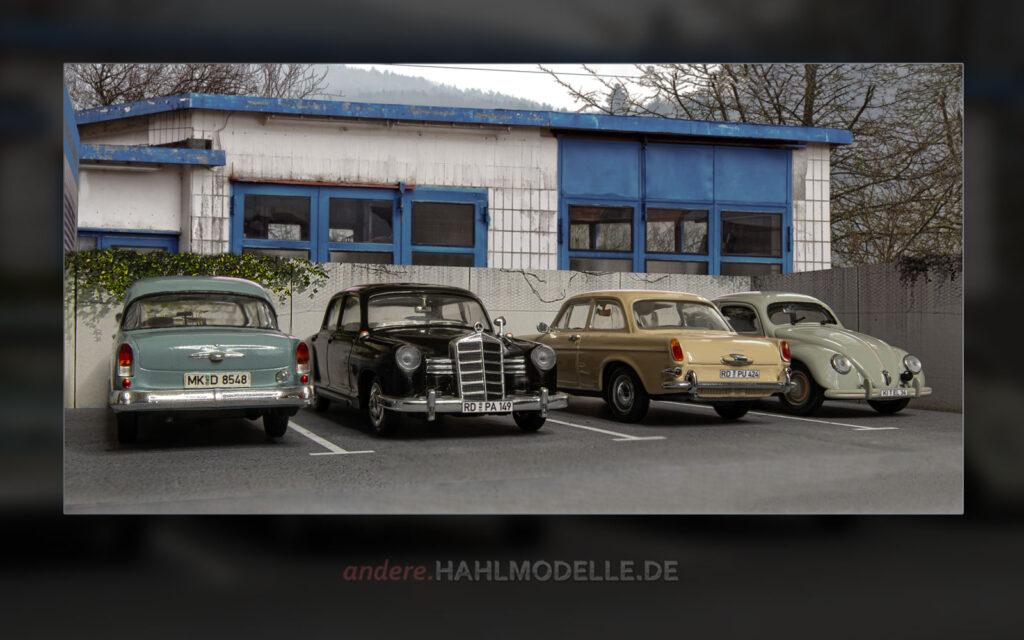 Opel Olympia P1, Mercedes-Benz 180 (W 120), Volkswagen 1600 (Typ 3) und Volkswagen Käfer (Typ 11)