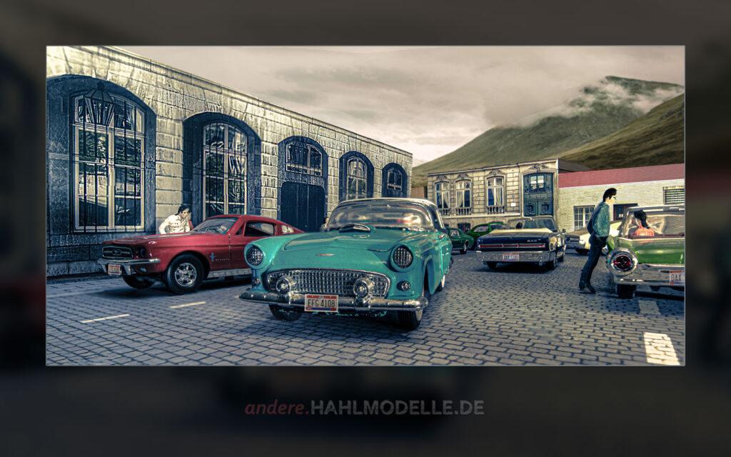 "Ford Mustang I, Ford Thunderbird Convertible Coupé (""Classic Bird""), Pontiac GTO und Ford Thunderbird Convertible (""Bullet Bird"")"